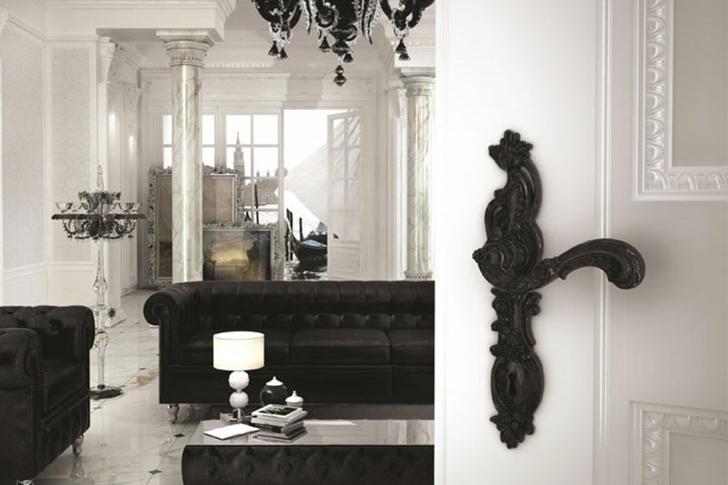 """כתבה ב""""בנין ודיור"""" – סופר קלאסיקו: כך תהפכו בית בעיצוב מודרני לבית בסגנון קלאסי"""